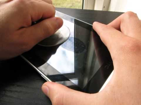 removing a pressure stain on a tablet screen with a. Black Bedroom Furniture Sets. Home Design Ideas