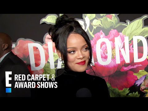 """Rihanna Chokes Up Over Barbados Prime Minister's """"Touching"""" Words 