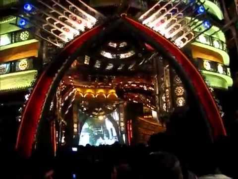 Badamtola Ashar Sangha at Night 2011 Durga Puja durgaonilne.mp4