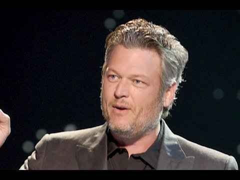 @TheBuffShow - Check Out Blake Shelton's Dance Moves when HollaBack Girl Comes on!!!