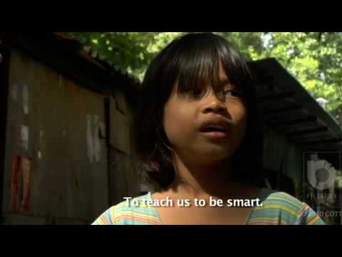 Thai railway police helps thousands of street children