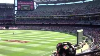 Mexican wave at the AWESOME Melbourne Cricket Ground (MCG)