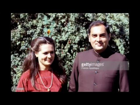 Congress Party President Sonia Gandhi Beautiful Pictures Before Marriage Unbelievable!!!