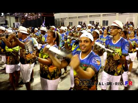 Ensaio Beija-Flor esquenta bateria 2015