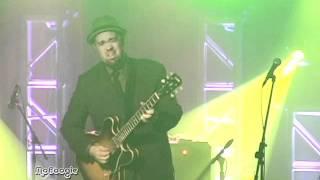 Play Shaheed (Live)