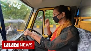 The woman who ferries patients in a school bus - BBC News