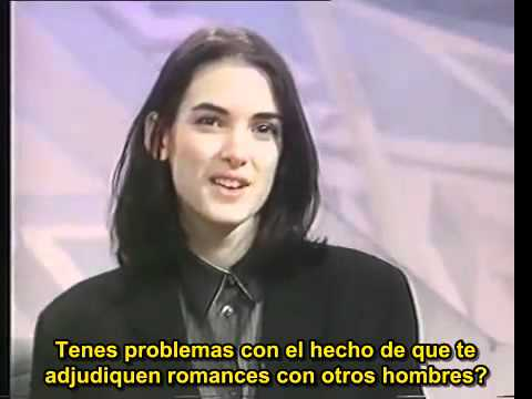 Winona Ryder 1991 entrevista para TV en el Reino Unido.avi(360p_H.264-AAC).mp4