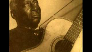 Watch Leadbelly Stewball video