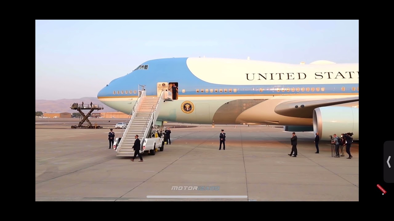 Download President Trump, US Presidential Plane Air Force One Landing at Nevada Air National Guard Base
