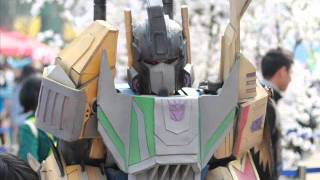 Transformers Cosplay :Bruticus  (G1 and Fall Of Cybertrons)