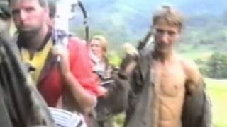 Download Video مجزرة سربرنيتسا في البوسنة والهرسك 1995 MP3 3GP MP4