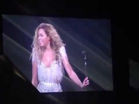"Beyonce Revel - Crowd Singing ""Love On Top"""