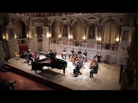 W.A. Mozart: Piano Concerto No. 9 in E-Flat Major K. 271, Maria Yavroumi - Piano & Dariusz Mikulski