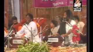 NIRANJAN PANDYA-KARSAN SAGATHIYA duet MAHA SHIVRATRI bharti asram live Hansala Haalo Ne