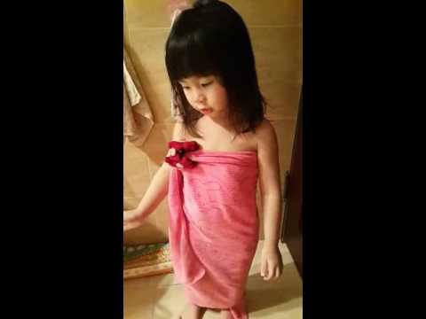 野子3y可愛小孩洗澡版