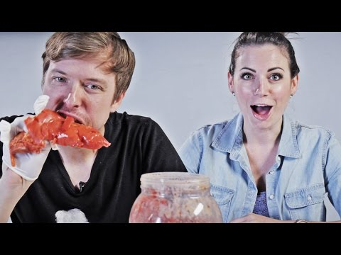People Try Weird American Food That Shouldn't Exist