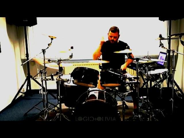 Logic & Olivia m.......      drumming the new ones
