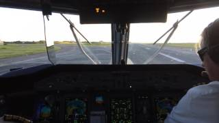 awesome cockpit view landing in copenhagen airport cph from sandefjord torp trf