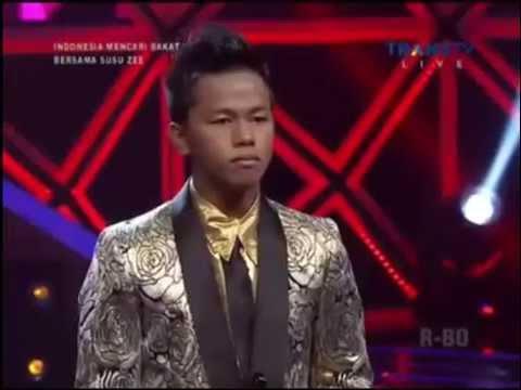 [IMB 2014 Grand Final]Rismawanda feat Dewi Persik - Pacar Lima Langkah & Sik Asik