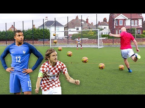 THE WORLD CUP FINAL FOOTBALL CHALLENGE