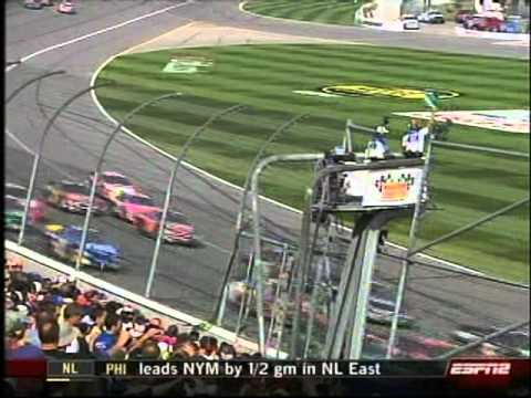 Emporia-native Clint Bowyer finishes 6th in the Daytona 500