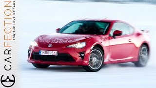 2017 Toyota GT86: Ice Drifting & First Impressions - Carfection