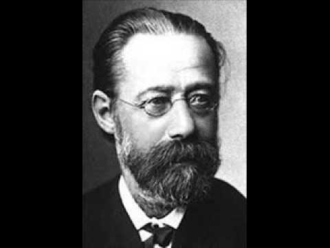"""Vera Repkova plays Smetana """"The Bear"""""""