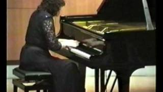 GINASTERA - TRES DANZAS ARGENTINAS / DANZA DEL GAUCHO MATRERO - Cecilia Pillado on Tango Malambo