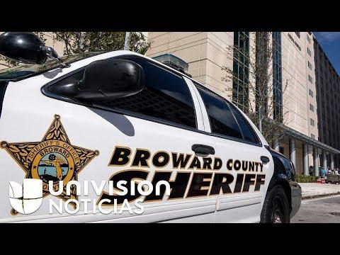Cuatro oficiales de Broward no entraron a la escuela donde ocurrió el tiroteo en Parkland, según CNN