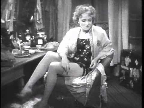 L' Angelo Azzurro 1930 -  Josef von Sternberg - Marlene Dietrich - Le calze di Lola