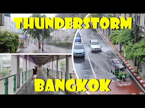 Thunderstorm Bangkok - Walking from Nana to Asoke