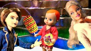 Мультик Барби: Веселая история о щенке - видео игры для детей с куклами и игрушками