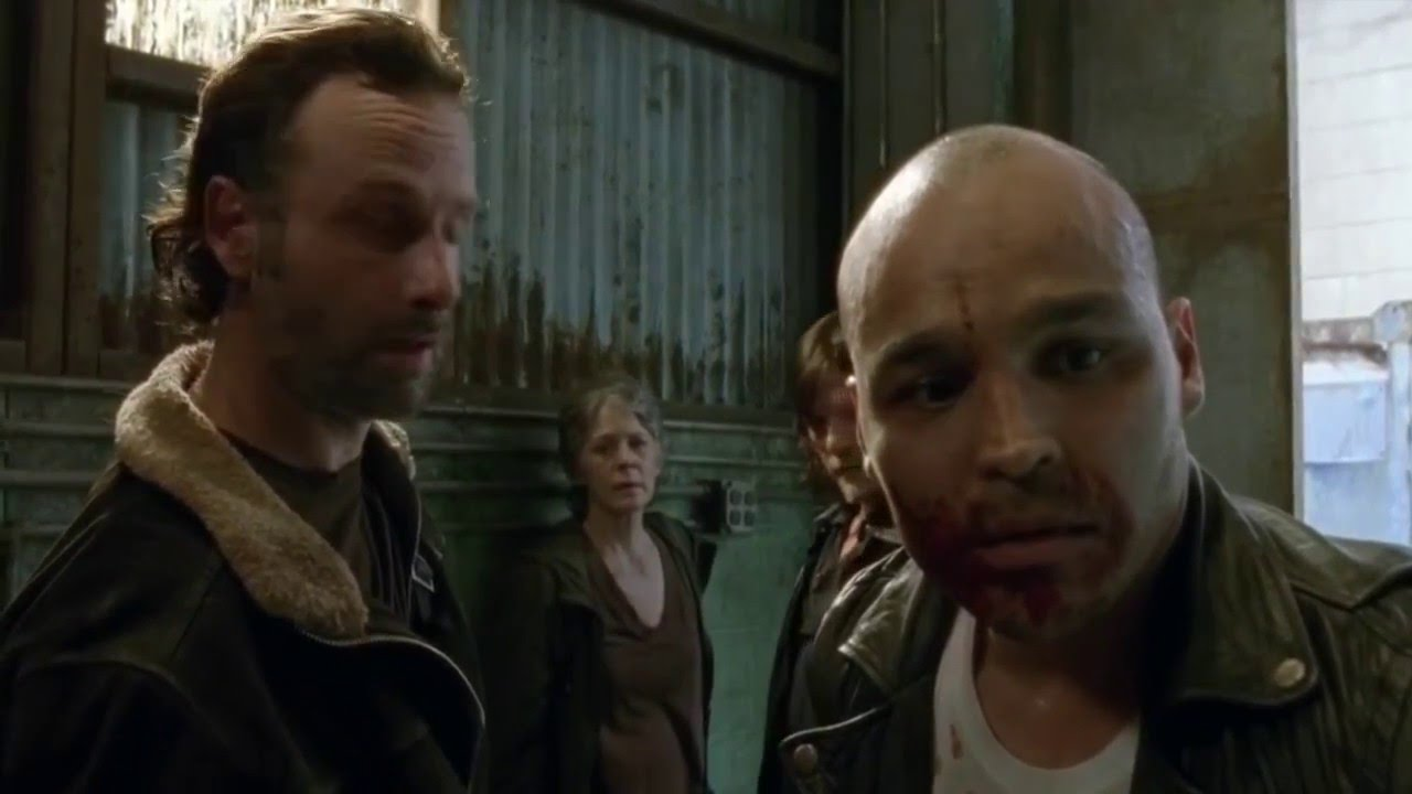 Top 10 Badass The Walking Dead Moments