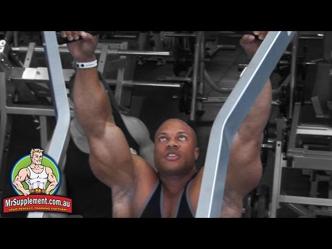 Phil Heath's Hammer Strength Wide Grip Pull Down | Back Exercise #4