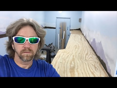 🔥 Friday Live – New scale model railroad benchwork 🔥
