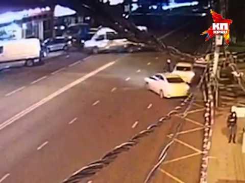 Мотоциклист погиб при столкновении с автобусом