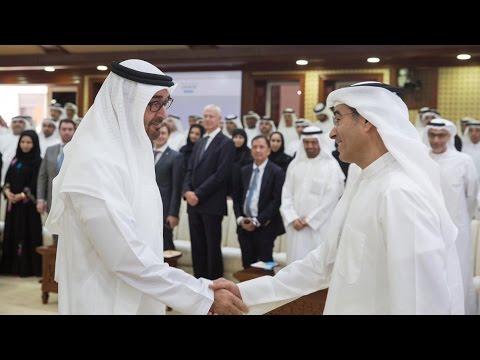 """مجلس محمد بن زايد: """"التحول الرقمي العربي.. أين موقعنا؟"""" لسعادة محمد العبار"""