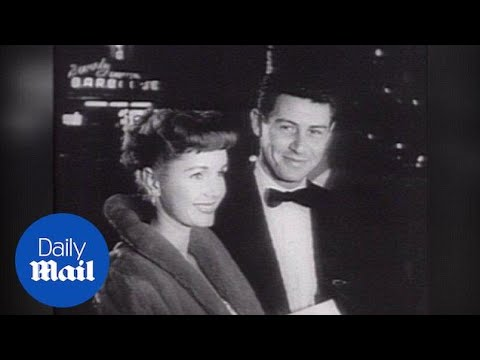 Debbie Reynolds And Husband Eddie Fisher At Premiere In 1954 - Daily Mail