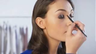 Видеоурок красоты: необычные смоки