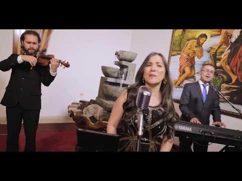 Angélica Valencia - Coro para Bodas
