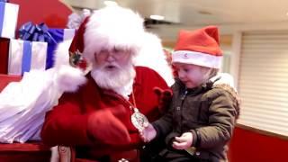 Santa signing to child thumbnail