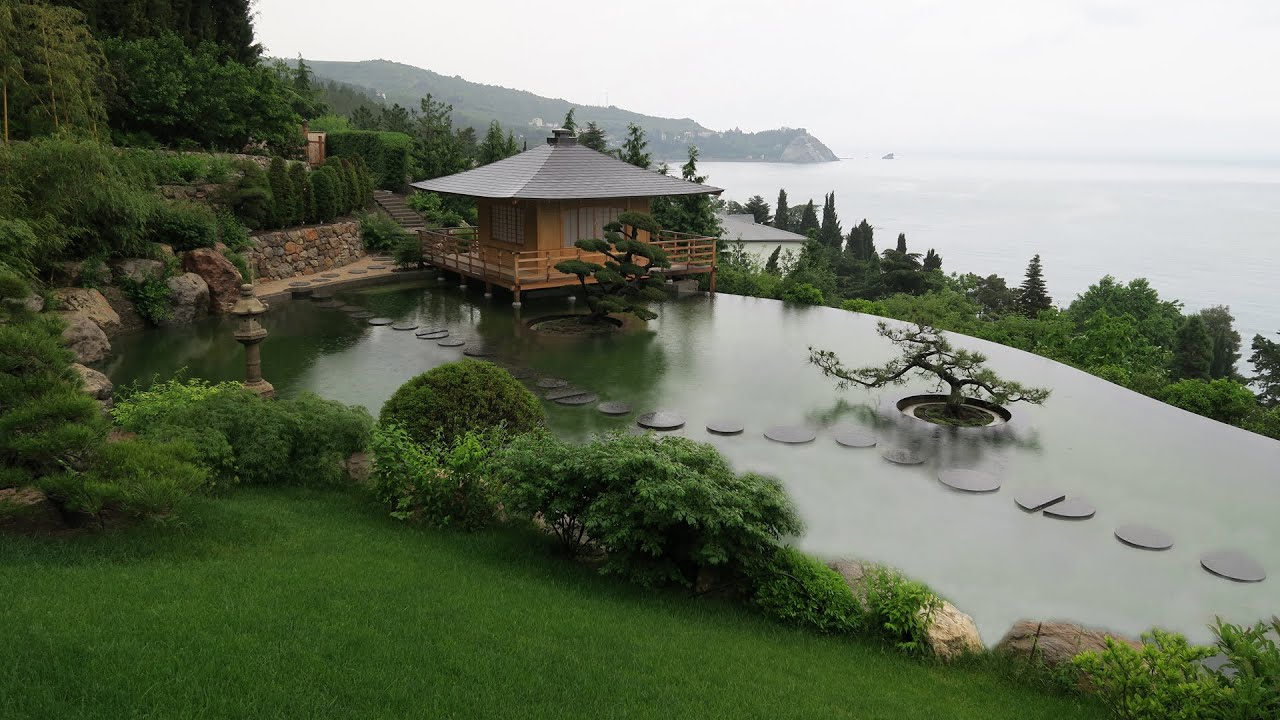 The japanese garden secrets of natural landscape design for Natural landscape design