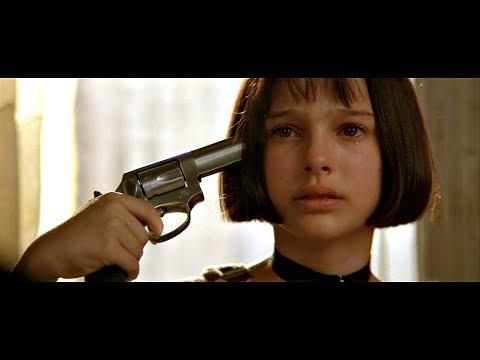 Mathilda plays feelings of Léon | Léon 1994 | HD