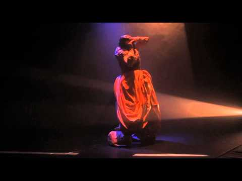 L'EVEIL (2012) costume-led physical theatre solo live performance
