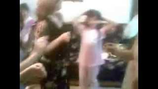 رقص نسائي عائلي عراقي رائع في فرحة زواج عراقية youtube