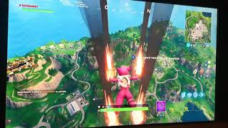 Glitch world record throws grenade 536m Fortnite