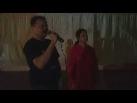 MEMBERS ENJOYING KARAOKE NIGHT @COUNTRY CLUB ANDHERI MUMBAI...