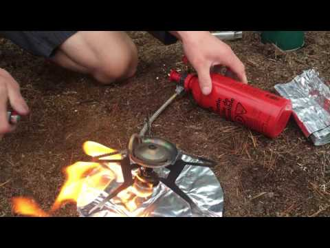 [UW Outers Club] MSR WhisperLite Universal Stove Set-up Tutorial