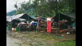 En cambuches improvisados y hacinados viven indígenas desplazados de Chocó