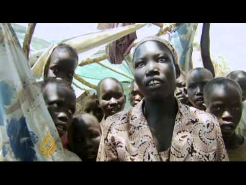 Thousands flee violence in Sudan's Abyei